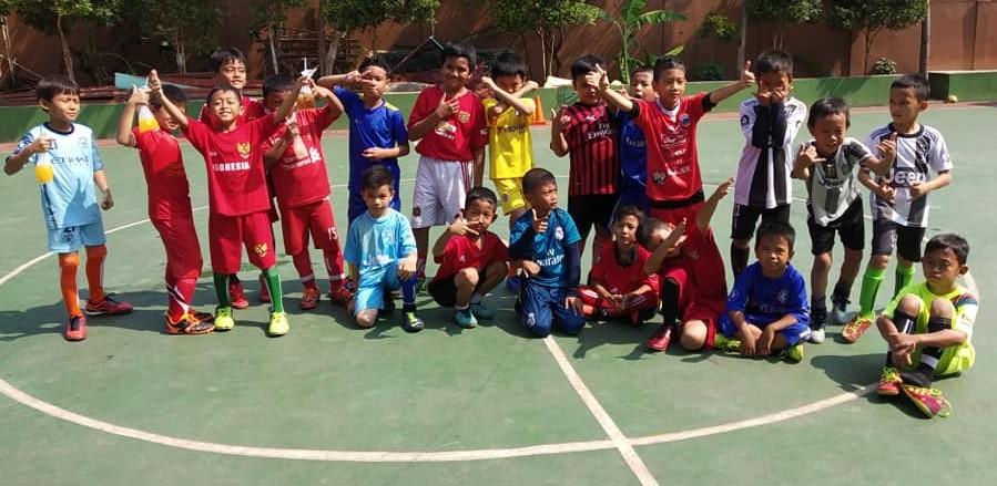 Tim Futsal SDI Kelas 3.4,5 Juara